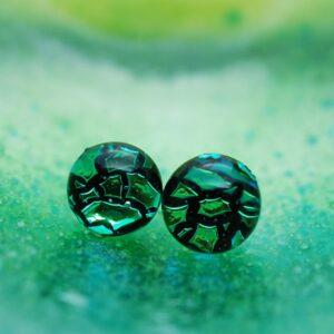 kolczyki-sztyfty-spekana-zielen-recznie -robiona-bizuteria