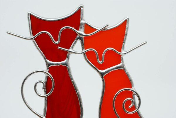 kotki-parka-czerwono-pomaranczowy-witraze-rekodzielo-zizuza