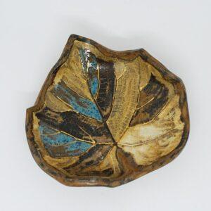 miseczka-listek-brązowy-ceramika-rekodzielo-zizuza