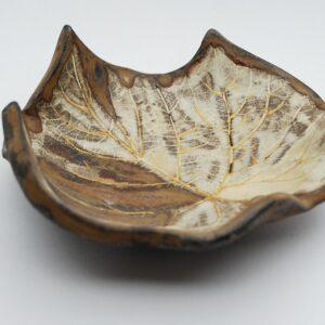 miseczka-listek-brazowy-ceramika-rekodzielo-artystyczne