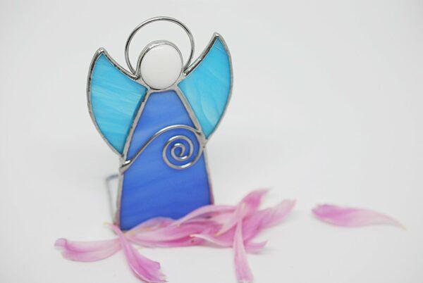 aniolek-stojacy-niebieski-aniolek-witrazowy-dekoracja-wnetrz-zizuza
