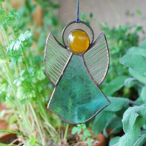 aniolek-wiszacy-transparentny-niebiesko-zielony-aniolek-witrazowy-rekodzielo-zizuza